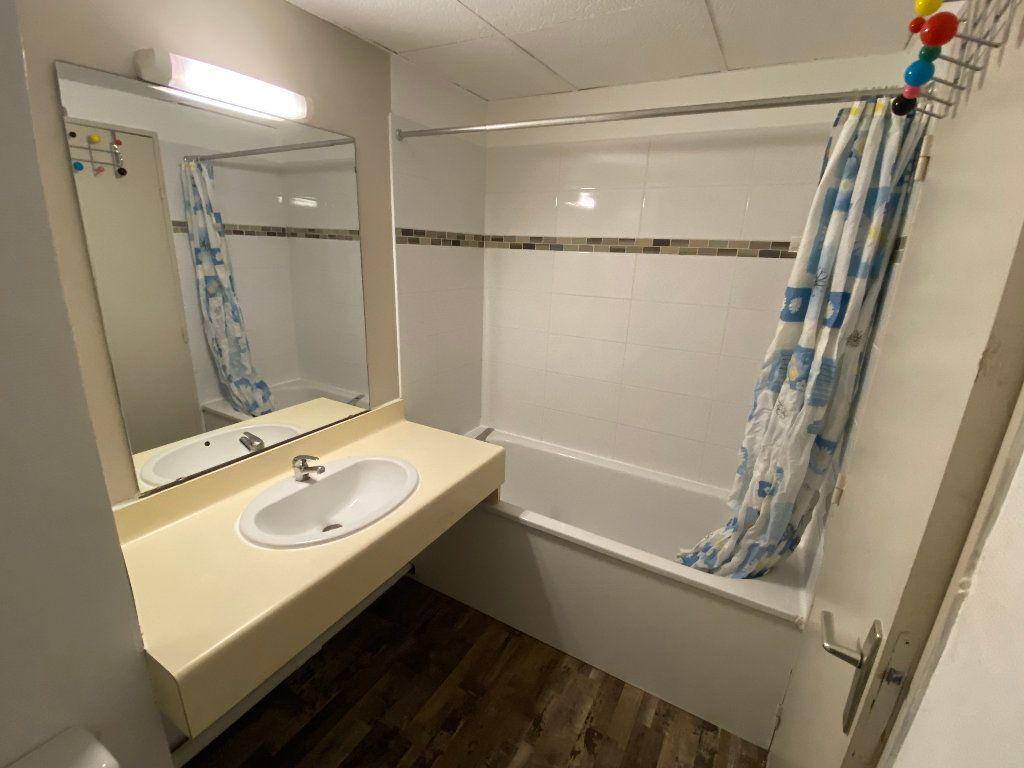 Appartement à louer 1 24m2 à Montpellier vignette-5