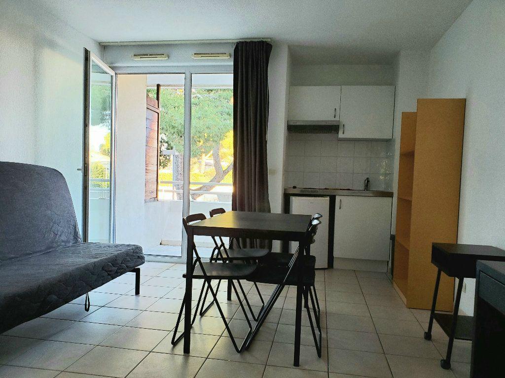 Appartement à louer 1 19.5m2 à Montpellier vignette-2