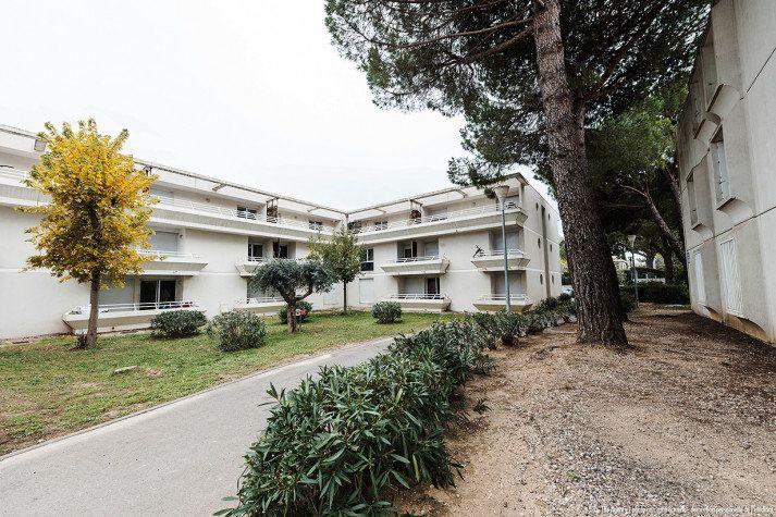 Appartement à louer 2 32.28m2 à Montpellier vignette-1