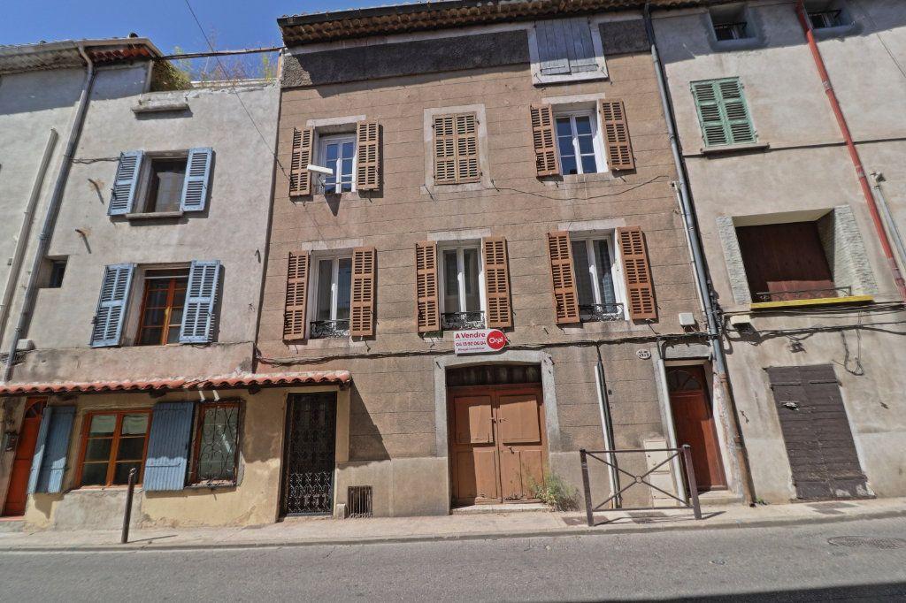 Immeuble à vendre 0 278m2 à Cuges-les-Pins vignette-1