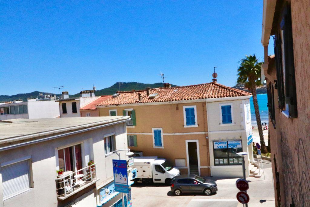 Appartement à vendre 3 50m2 à Saint-Cyr-sur-Mer vignette-2