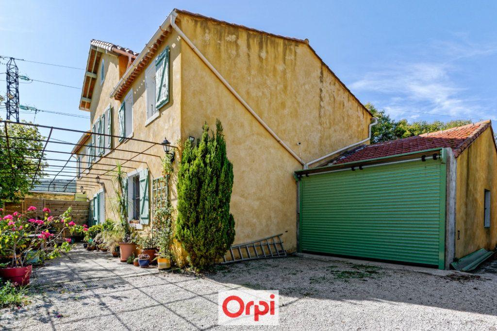 Maison à vendre 7 200m2 à La Ciotat vignette-3