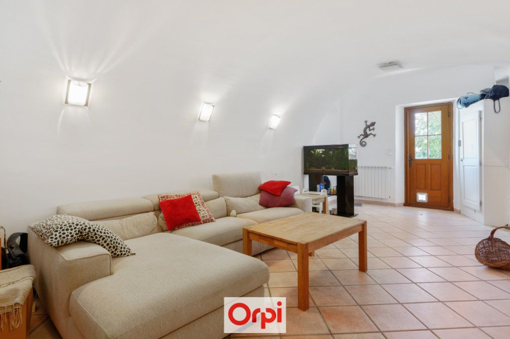 Maison à vendre 7 200m2 à La Ciotat vignette-4