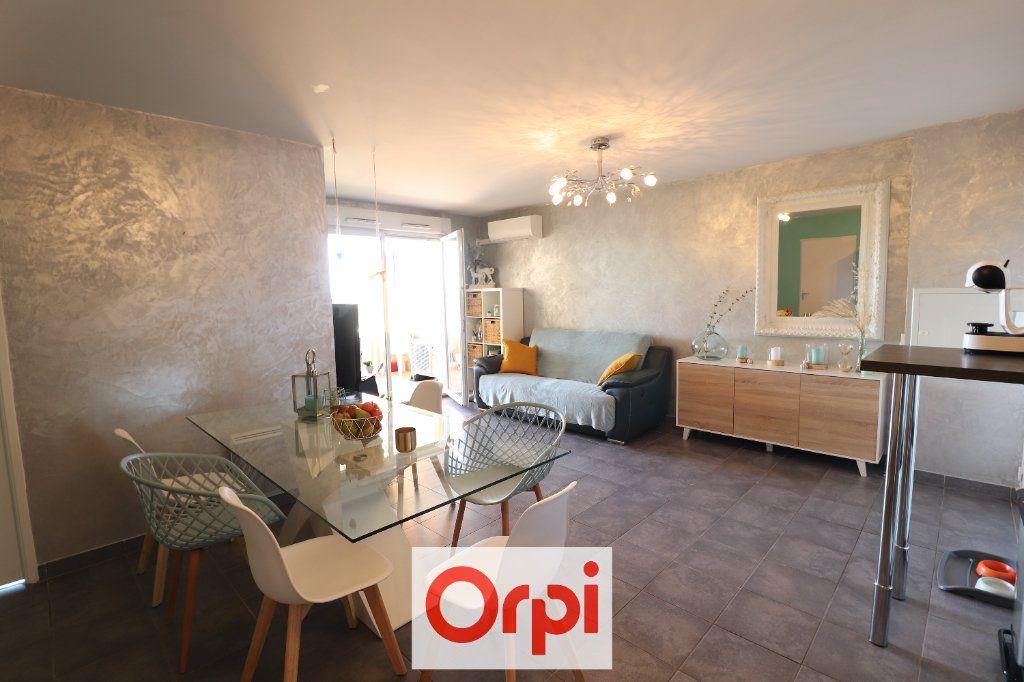 Appartement à vendre 3 60.29m2 à Marseille 10 vignette-3