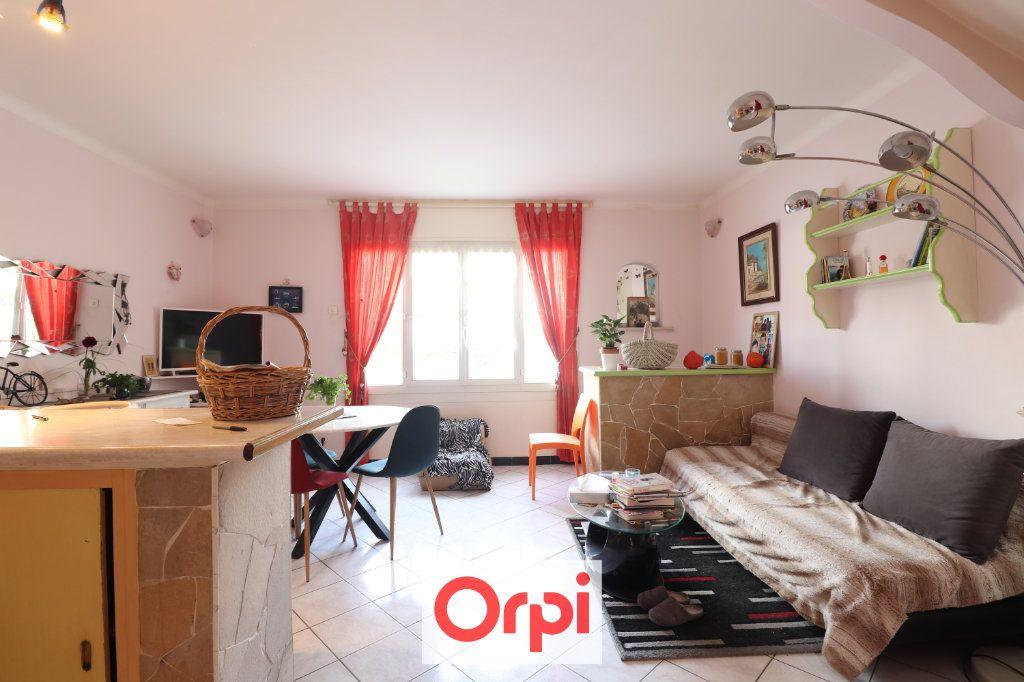Appartement à vendre 2 49m2 à La Ciotat vignette-2