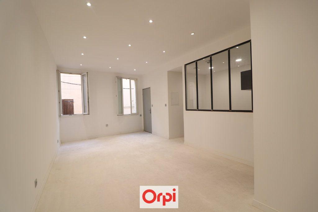 Appartement à vendre 3 54.05m2 à La Ciotat vignette-1