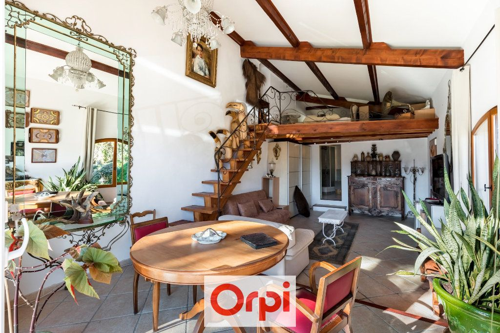 Maison à vendre 9 367m2 à Aubagne vignette-13