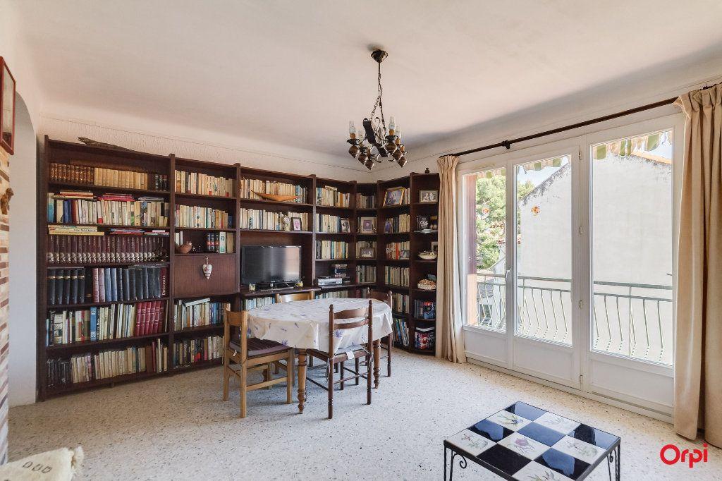Appartement à vendre 4 72.52m2 à La Ciotat vignette-2
