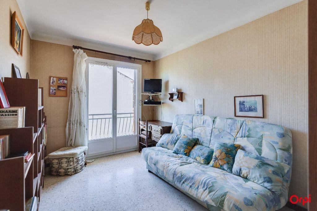 Appartement à vendre 4 72.52m2 à La Ciotat vignette-3