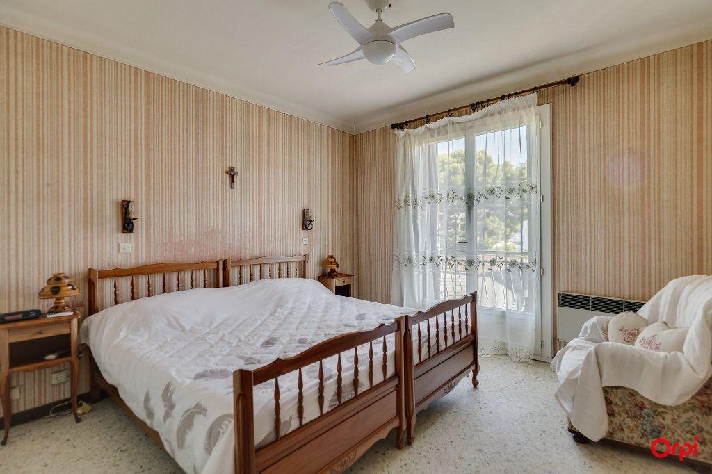 Appartement à vendre 4 72.52m2 à La Ciotat vignette-4