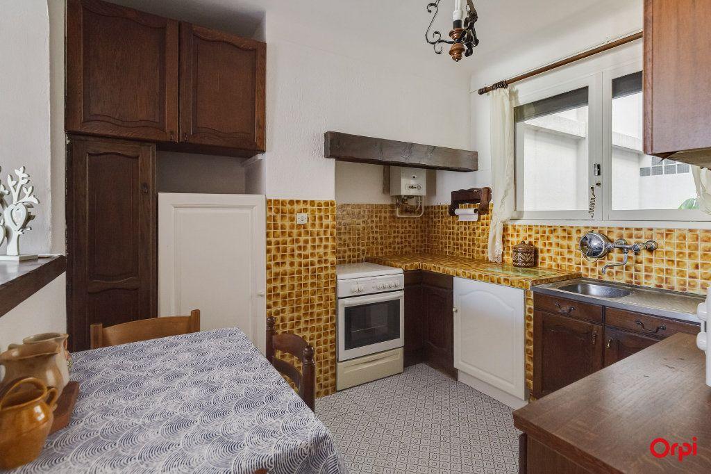 Appartement à vendre 4 72.52m2 à La Ciotat vignette-8
