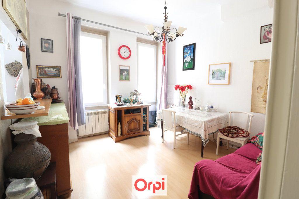 Appartement à vendre 2 38.2m2 à La Ciotat vignette-1