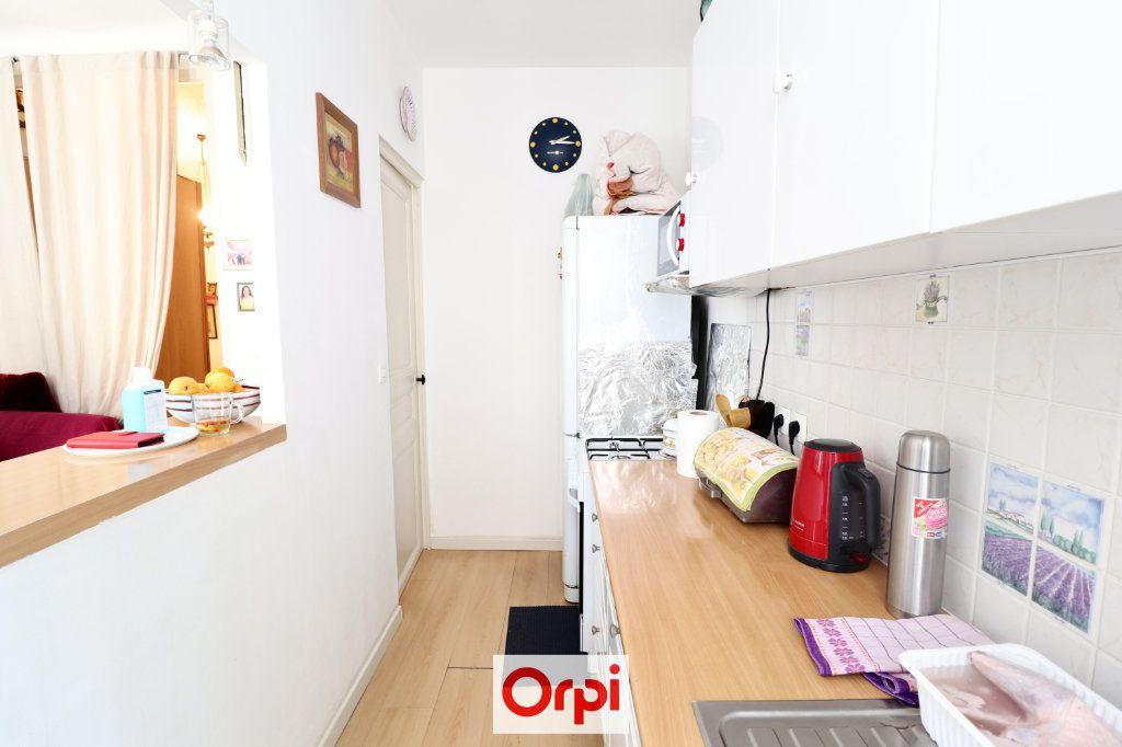Appartement à vendre 2 38.2m2 à La Ciotat vignette-4
