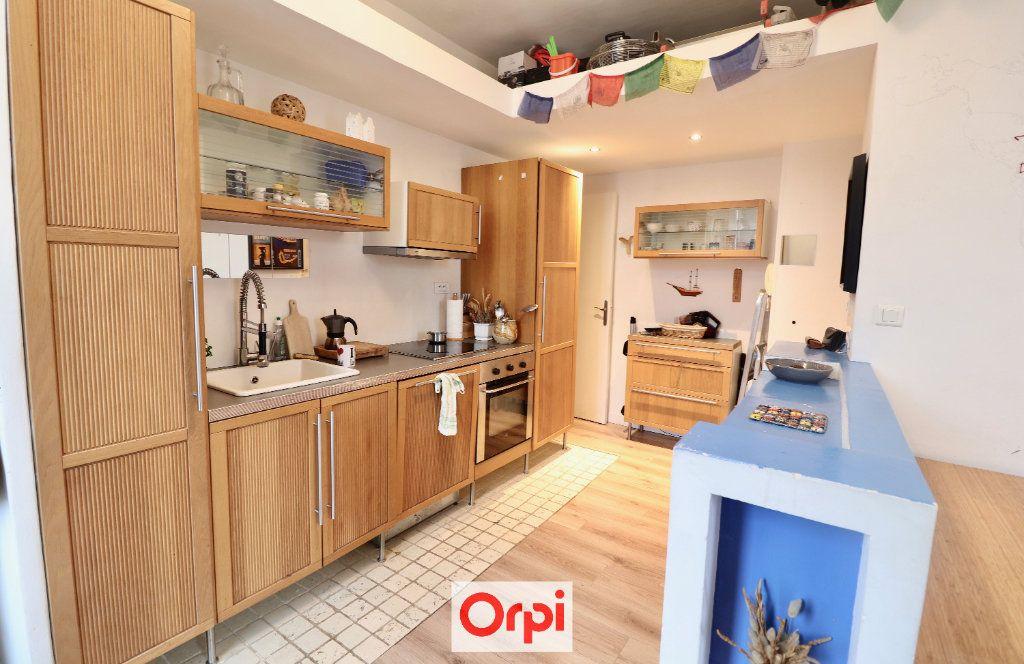 Appartement à vendre 2 39m2 à La Ciotat vignette-2