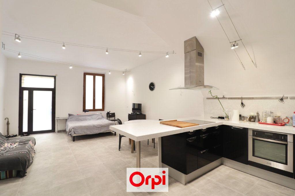 Appartement à vendre 3 72m2 à La Ciotat vignette-1