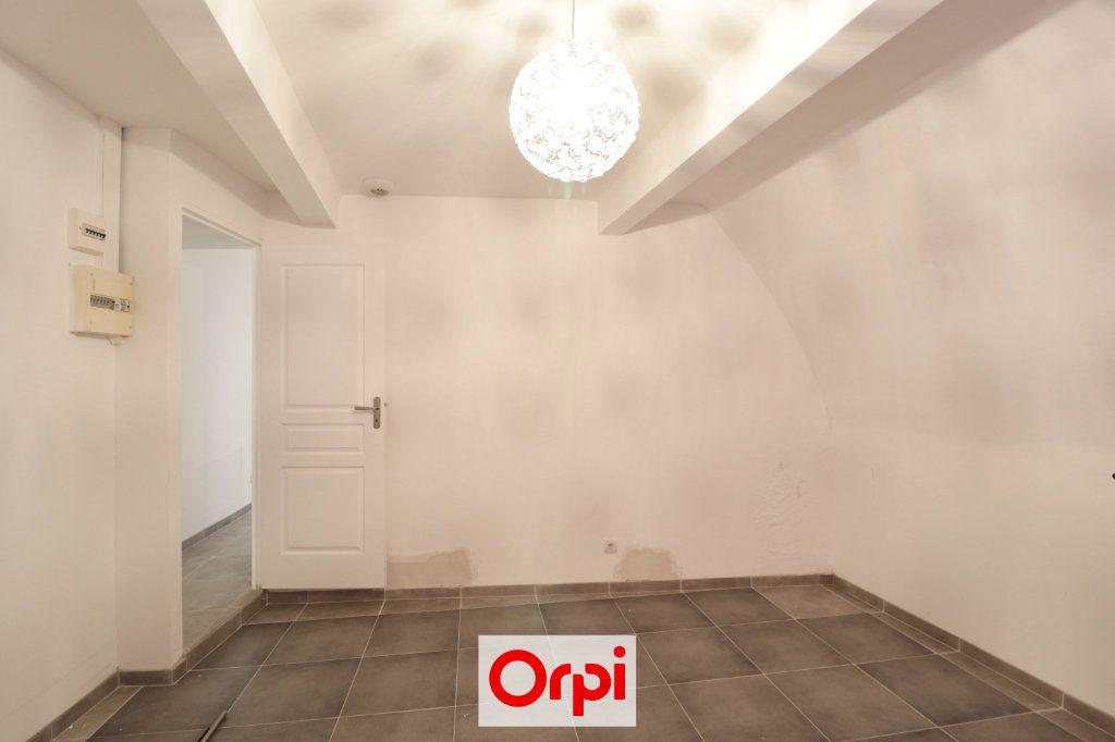 Appartement à vendre 3 72m2 à La Ciotat vignette-5