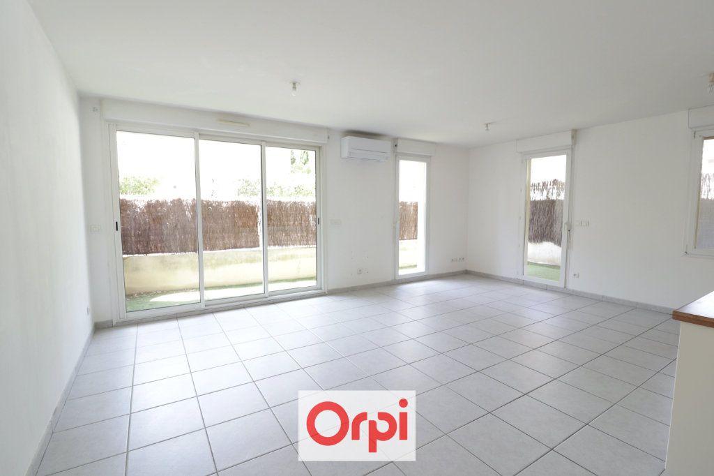 Appartement à vendre 3 68m2 à La Ciotat vignette-3