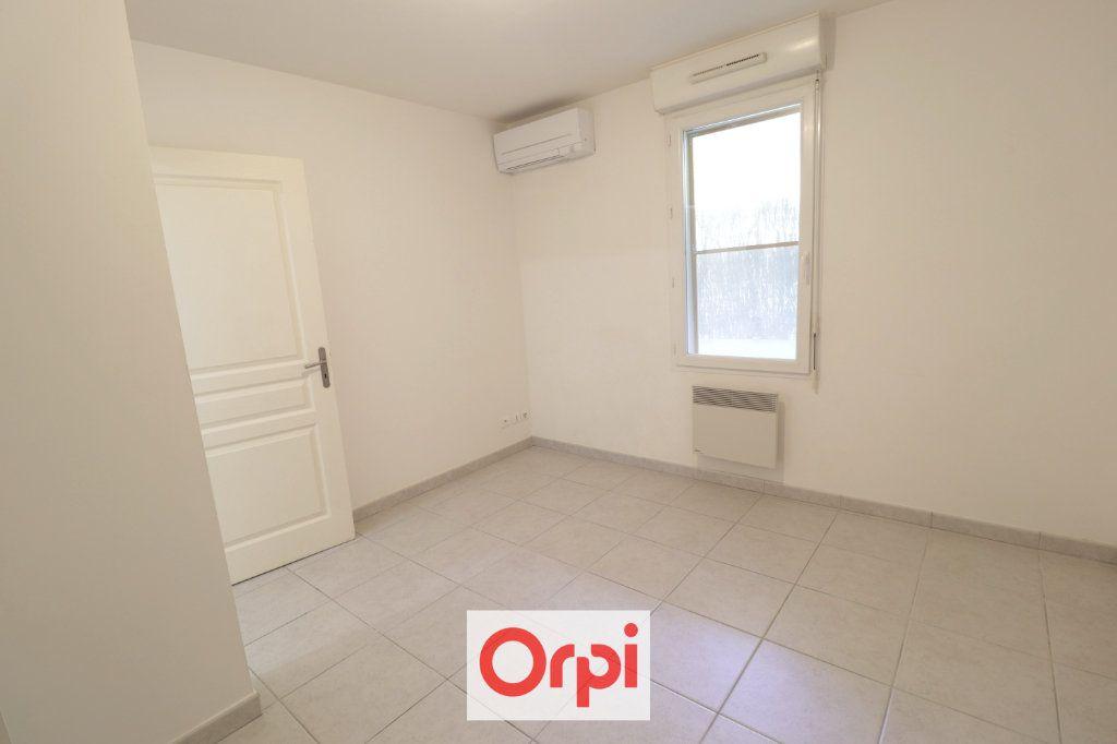 Appartement à vendre 3 68m2 à La Ciotat vignette-6