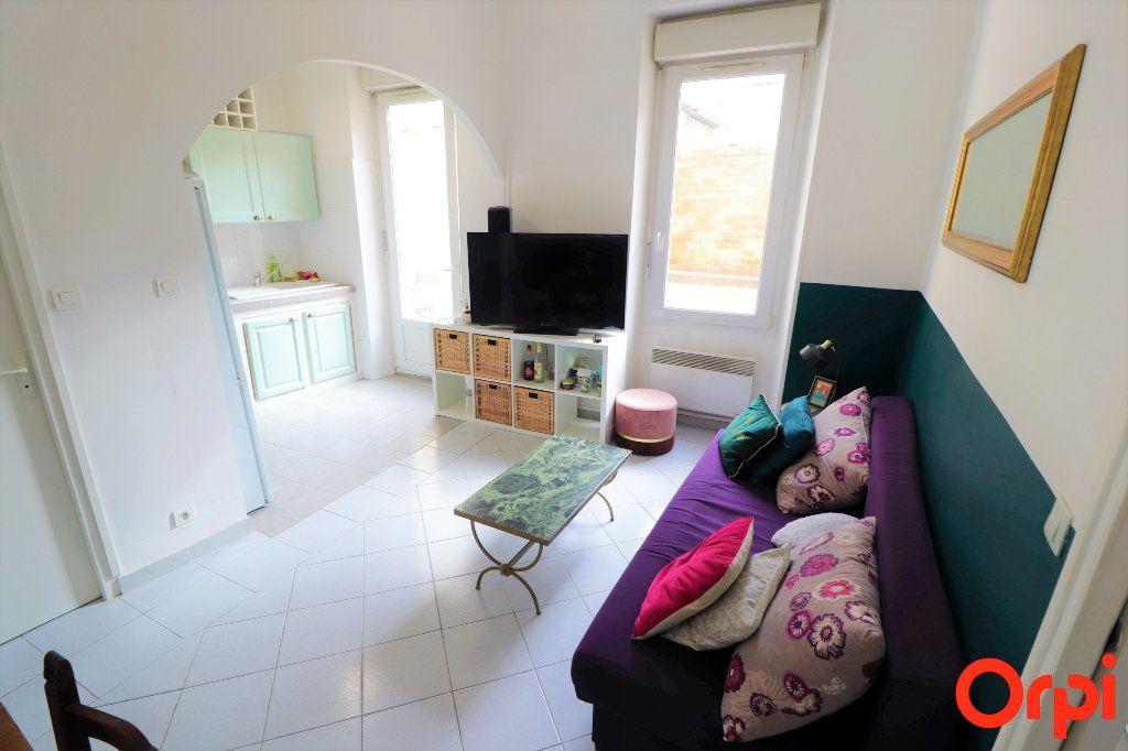 Appartement à louer 2 40.64m2 à Marseille 5 vignette-1