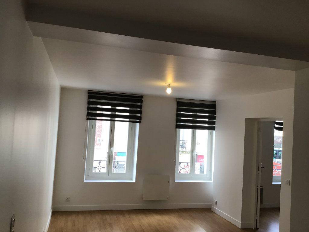 Appartement à louer 2 43m2 à Paris 14 vignette-2