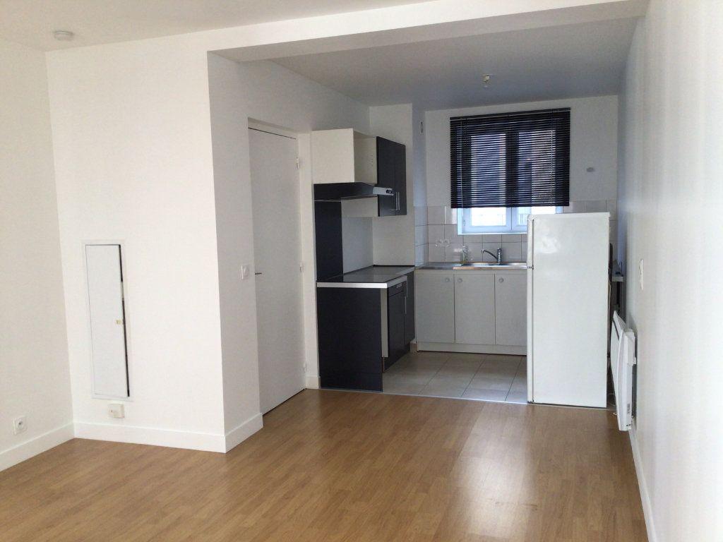 Appartement à louer 2 43m2 à Paris 14 vignette-5