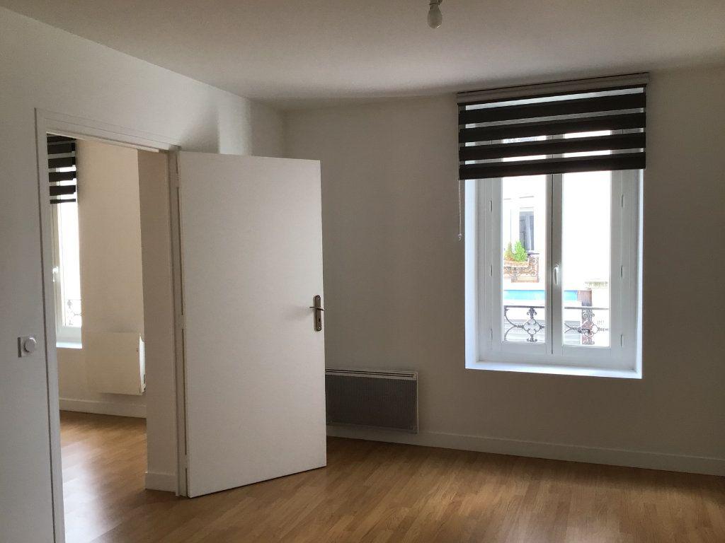 Appartement à louer 2 43m2 à Paris 14 vignette-6