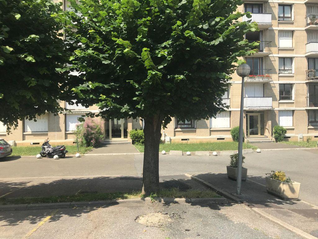 Appartement à vendre 1 27.99m2 à Châtillon vignette-13