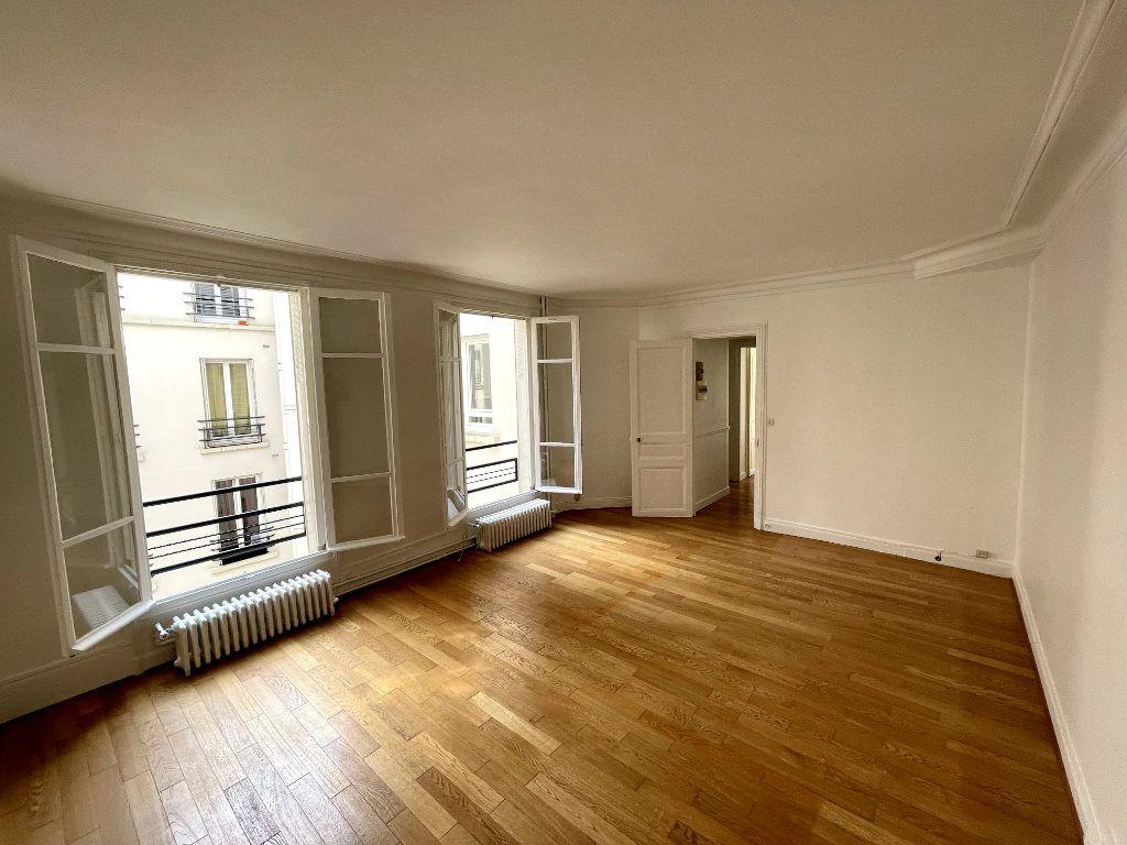 Appartement à vendre 2 48.58m2 à Paris 14 vignette-2