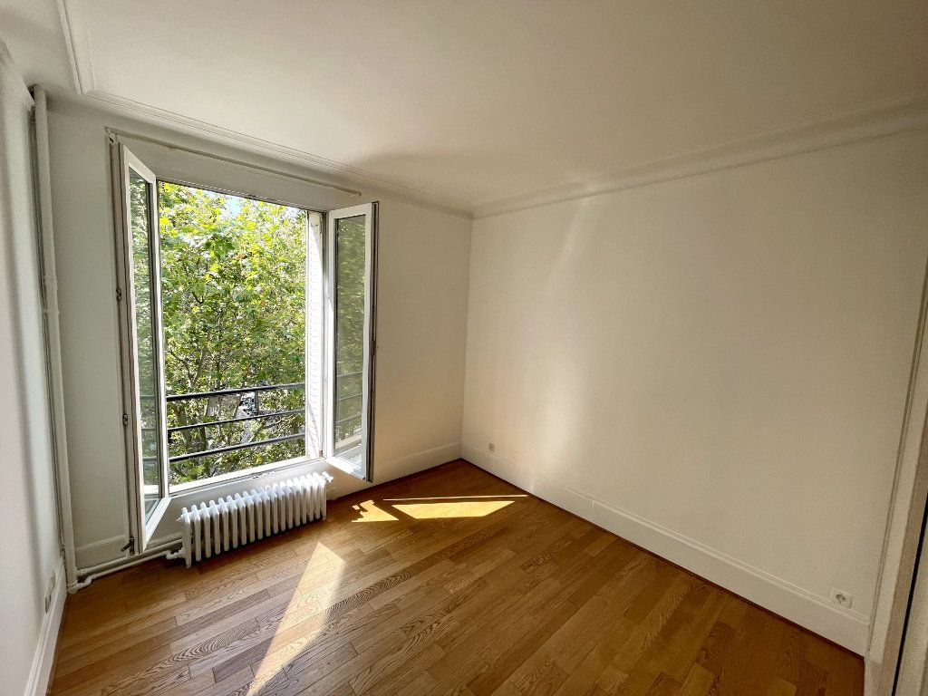 Appartement à vendre 2 48.58m2 à Paris 14 vignette-4
