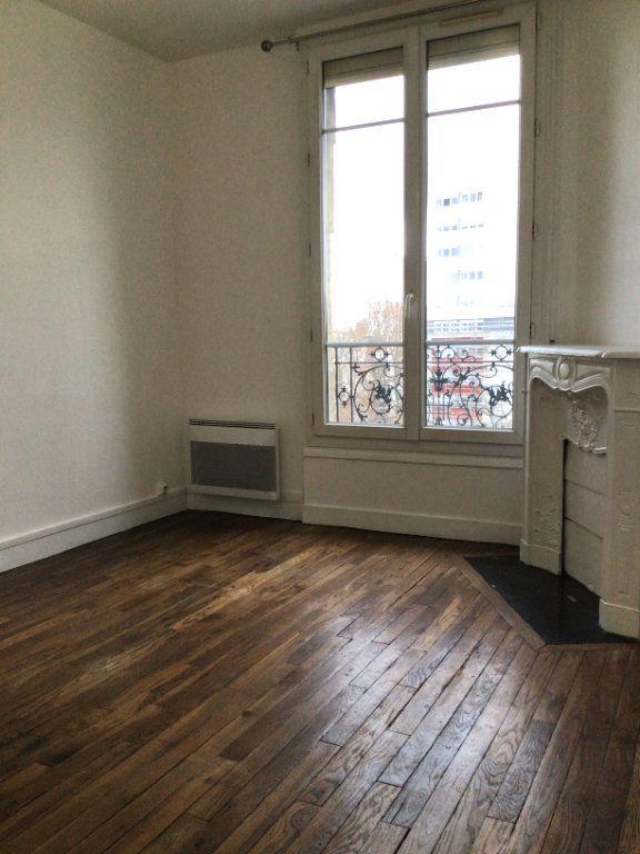 Appartement à louer 2 35m2 à Paris 15 vignette-2