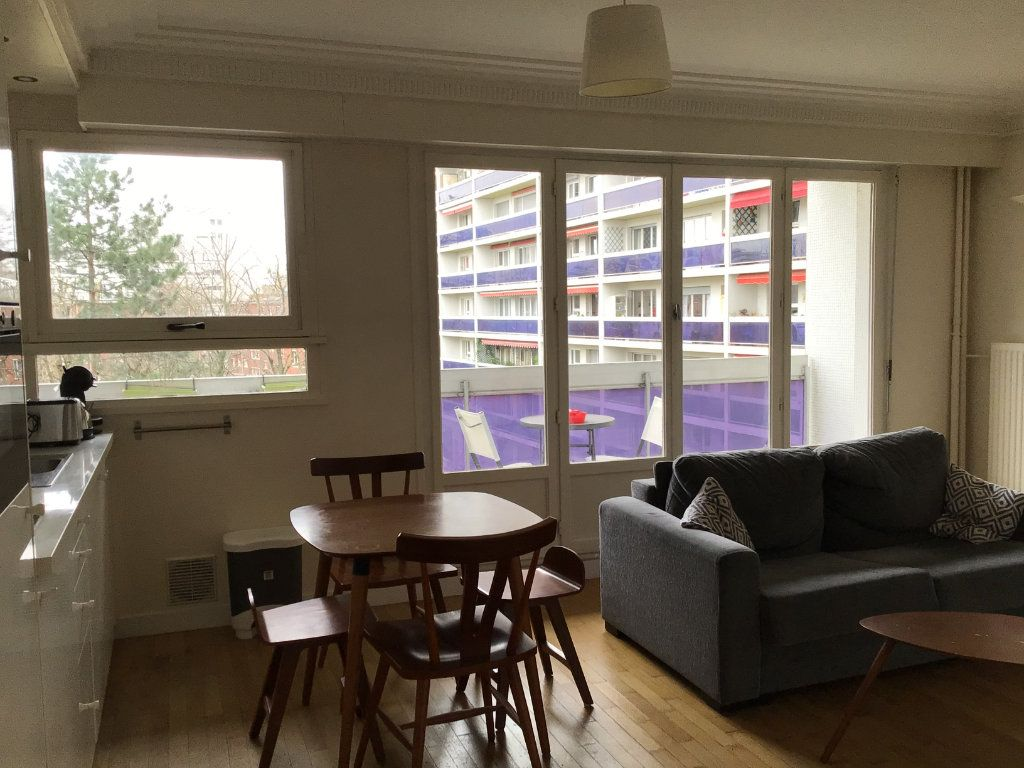 Appartement à louer 1 31.68m2 à Paris 15 vignette-2
