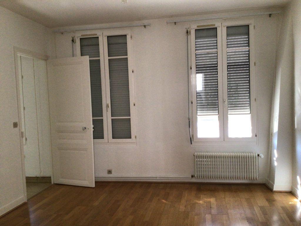 Appartement à louer 2 41.25m2 à Malakoff vignette-4