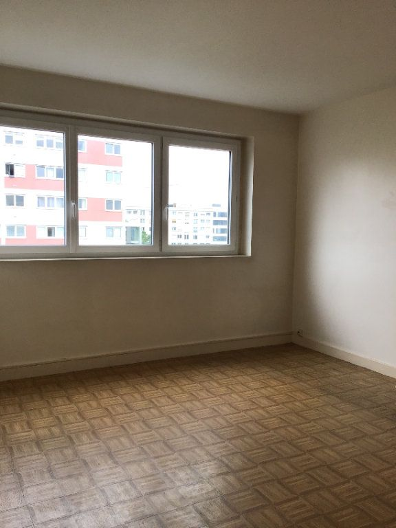Appartement à louer 3 53.9m2 à Montrouge vignette-4