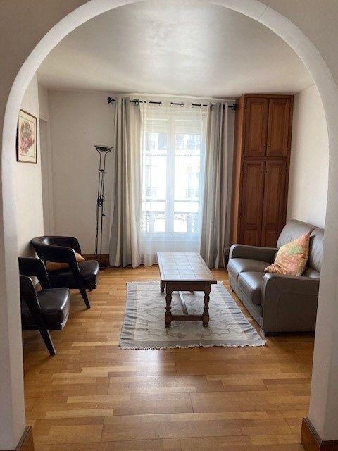 Appartement à louer 3 62m2 à Paris 15 vignette-2