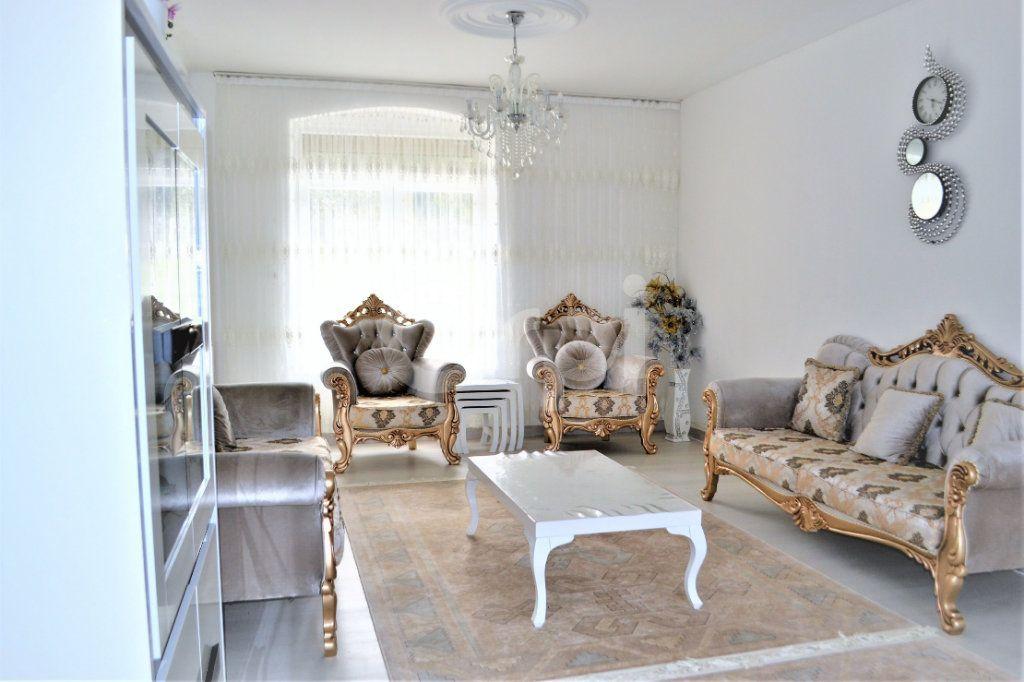 Maison à vendre 6 130m2 à Nogent-sur-Oise vignette-3