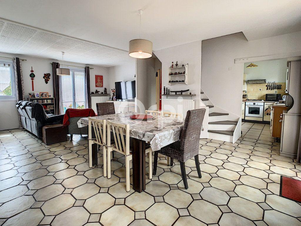 Maison à vendre 5 130m2 à Montataire vignette-2