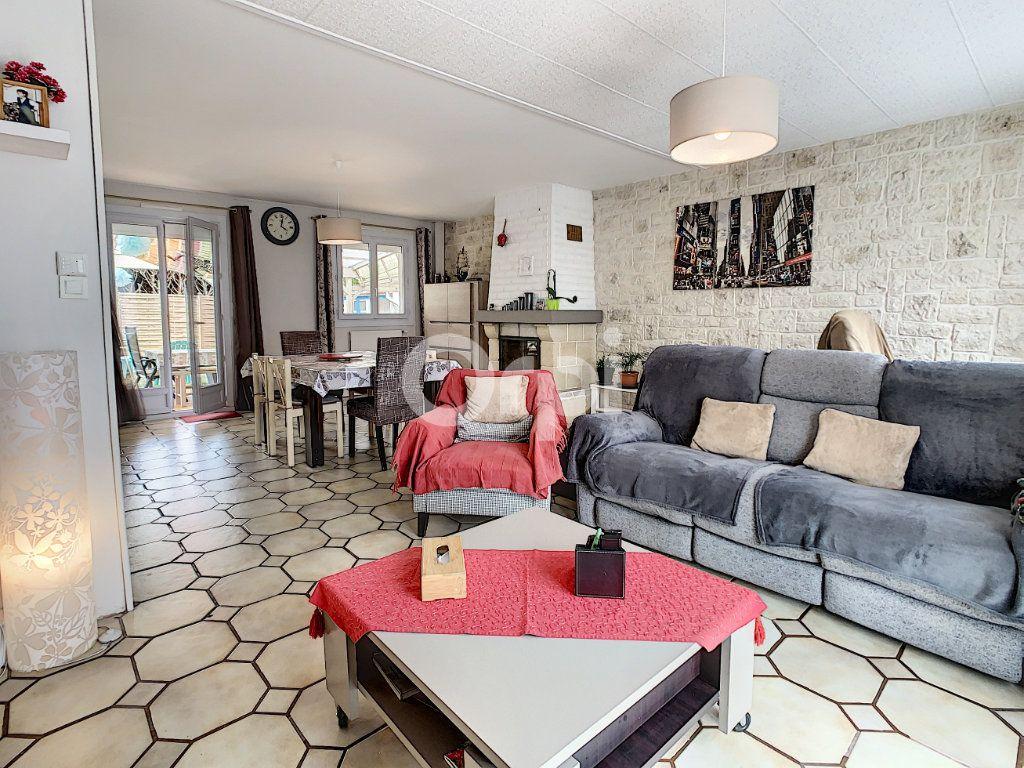 Maison à vendre 5 130m2 à Montataire vignette-3