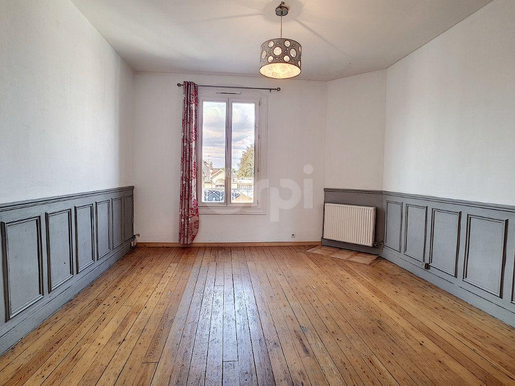 Appartement à vendre 3 52.77m2 à Creil vignette-2