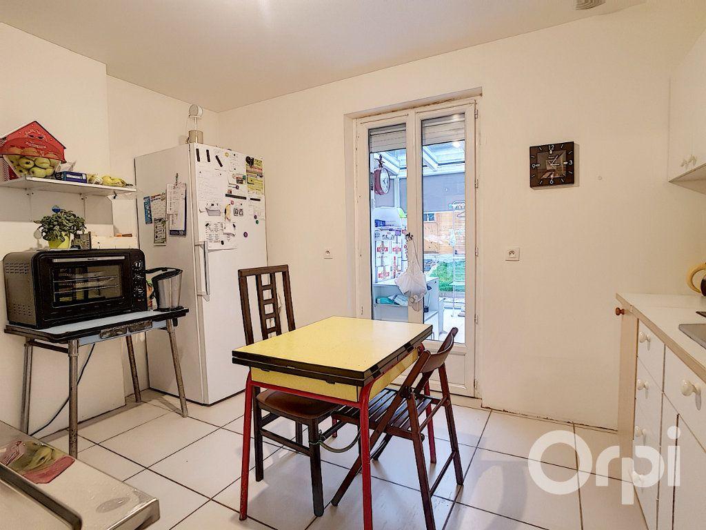 Maison à vendre 5 109.34m2 à Saint-Leu-d'Esserent vignette-2
