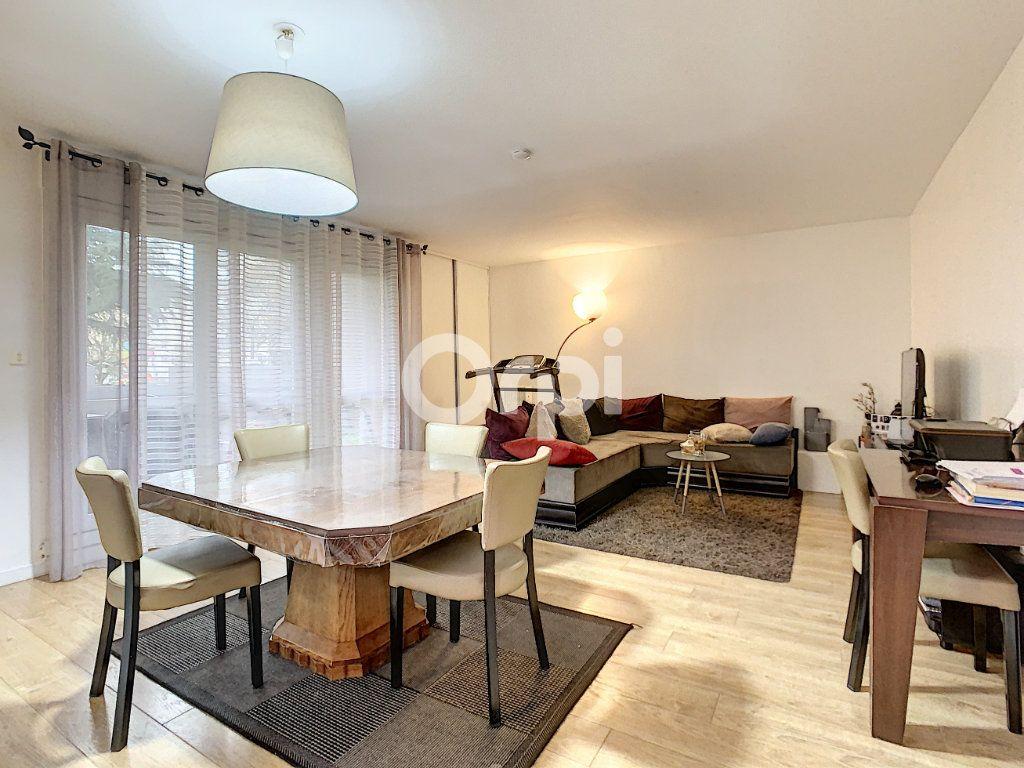 Appartement à vendre 5 98m2 à Creil vignette-1