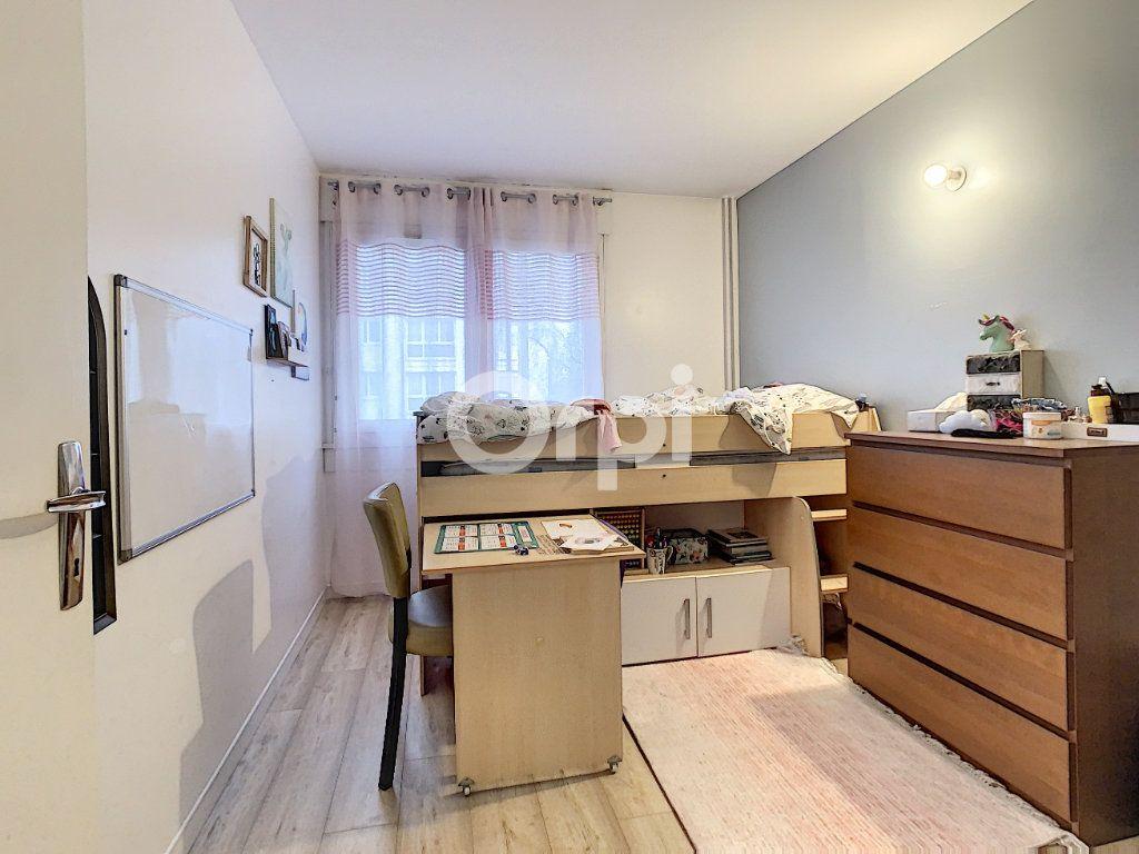 Appartement à vendre 5 98m2 à Creil vignette-6