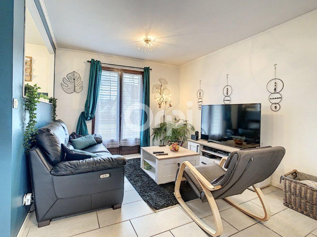 Maison à vendre 6 135m2 à Villers-Saint-Paul vignette-2