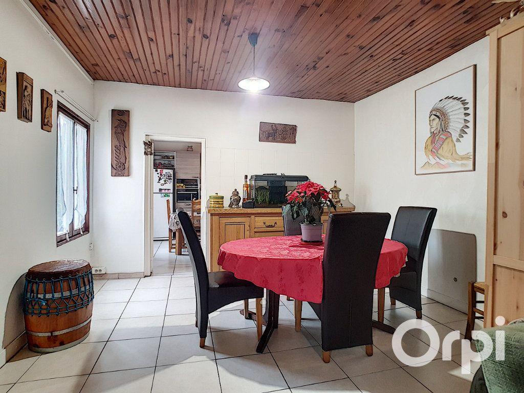 Maison à vendre 7 127m2 à Creil vignette-3