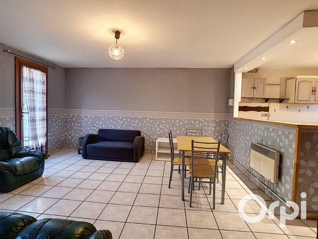 Maison à vendre 5 111.26m2 à Nogent-sur-Oise vignette-2