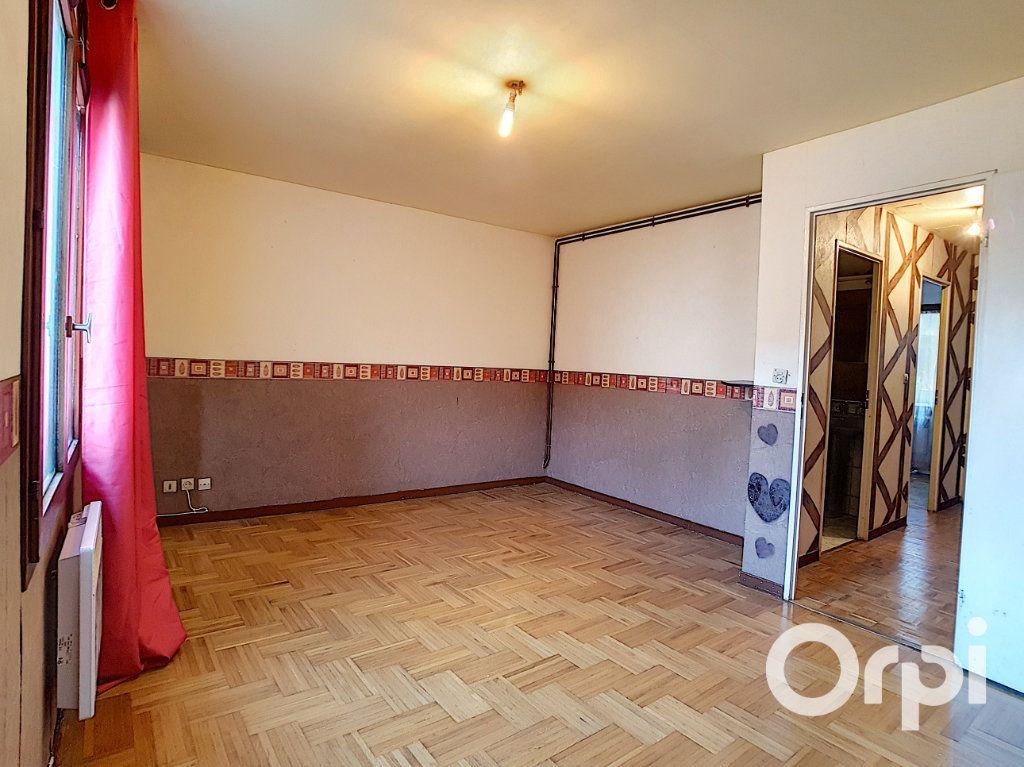 Maison à vendre 5 111.26m2 à Nogent-sur-Oise vignette-4