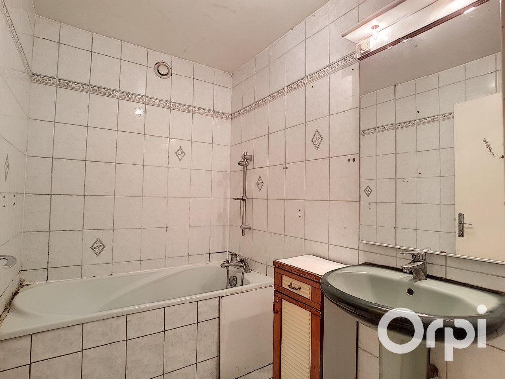 Maison à vendre 5 111.26m2 à Nogent-sur-Oise vignette-6