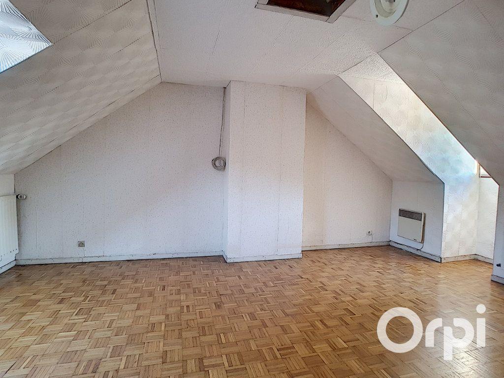 Maison à vendre 5 111.26m2 à Nogent-sur-Oise vignette-7