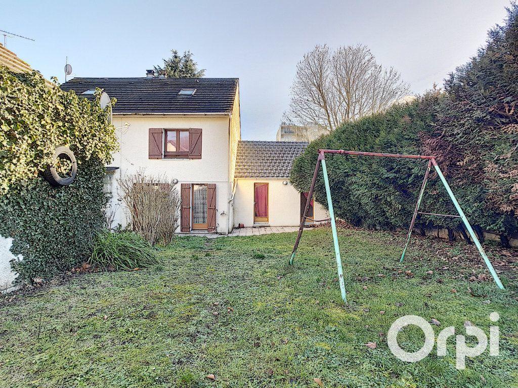 Maison à vendre 5 111.26m2 à Nogent-sur-Oise vignette-8