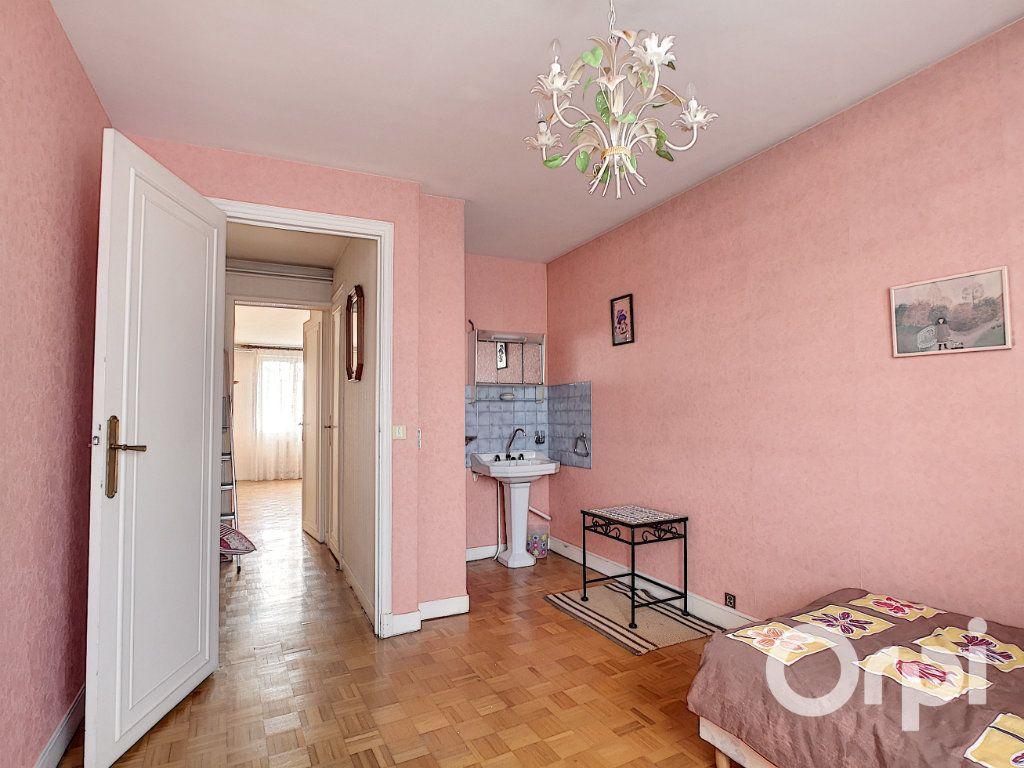 Appartement à vendre 4 117m2 à Creil vignette-9