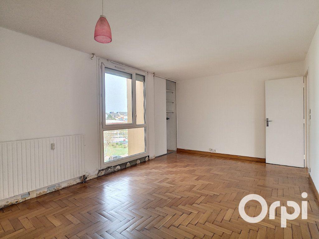 Appartement à vendre 4 82.24m2 à Nogent-sur-Oise vignette-3